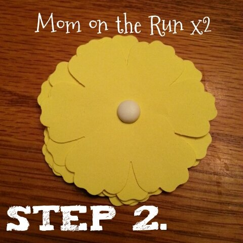 easy 3d paper flowers step 2