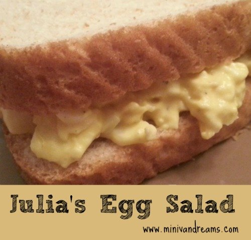 Julia's Egg Salad Recipe via Mini Van Dreams #recipes #easyrecipes
