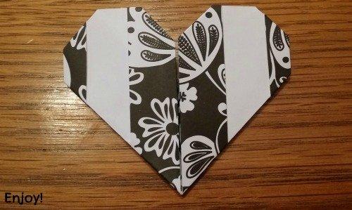 finished origami heart via mini van dreams