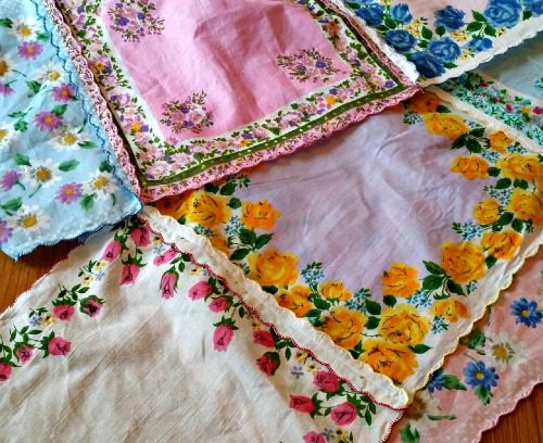 Handkerchief Table Runner |Mini Van Dreams
