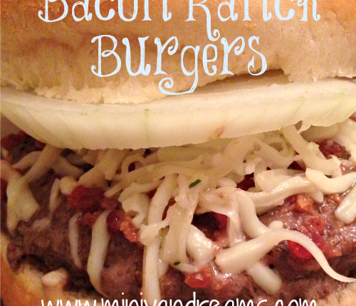 Bacon Ranch Burgers | Mini Van Dreams #recipes #easyrecipes #recipesforsandwiches